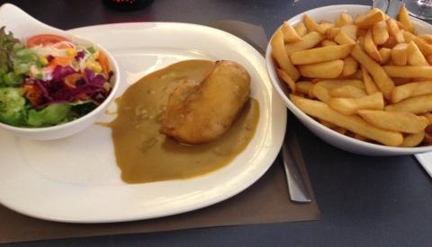 Kipfilet met currysaus en frieten, Pallieter Bekkevoort