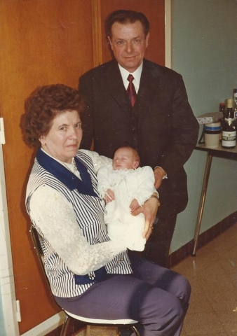 Mijn grootouders (langs vaders kant) en ik