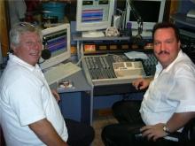 Chris Van Opstal in gesprek met zanger Juul Kabas, zaterdag 13 september 2003