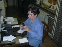 Angele, telefoniste verzoekplatenprogramma op zondag (2004)