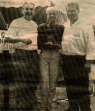 1993: Groot openingsfeest ter gelegenheid van de ingebruikname van de nieuwe studio's. Op de foto: Pallieter (Gilbert Ignoul), Dana Winner en Martin.