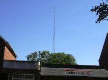 De antennemast van Radio LORALI (juli 2003)