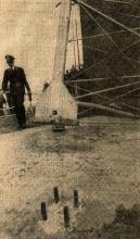 de nacht van woensdag 3 op donderdag 4 maart 1982 werd de mast van Radio SEVEN gesaboteerd. Een aantal bouten werden verwijderd en in het gras gegooid. Gevolg was dat de antennemast omviel