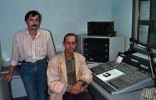 Radio VRD Diepenbeek, maandag 7 juli 1997, twee medewerkers in de studio