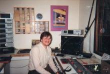 Wolfgang Mertens (DJ naam: Peter Pan) verzorgde van zondag 16 juli 1989 tot 1993 het programma 'Muziekcocktail' elke zondagavond tussen 20 en 22 uur.